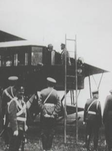 Демонстрация «Русского Витязя» Государю Императору России в Красном Селе, 1913 г.